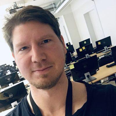 porträtt bild på VR-utbildaren Robert